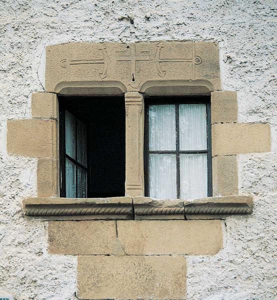 Ventanas Decoradas Exteriores ~ Las ventanas del caserio Makutso (Oiartzun) estan ricamente decoradas