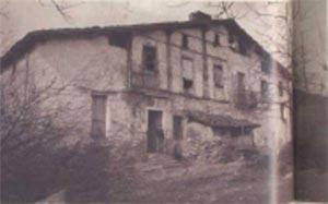 119. Los caserios con fachada de entramado, como Lizarralde, Bergara, fueron los mas populares en Guipuzcoa durante los siglos XVII y XVIII.