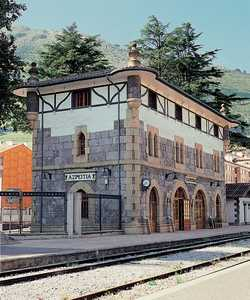 132. The old Azpeitia station, now the entrance to the Museum.