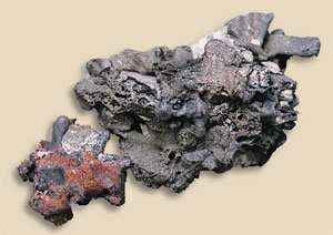 39. Pig iron and ore from the scientific test conducted in Agorregi.