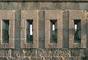 144. Embrasures in the upper parapet of the barracks of the Txoritokieta Fort.© Juan Antonio Sáez