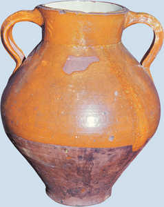 191. Pot from Navas del Rey.© Enrike Ibabe