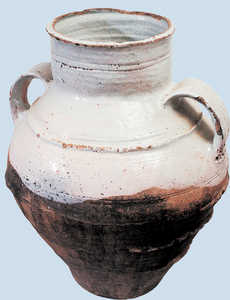 195. Pot from Muelas del Pan, Zamora.© Jose L�pez