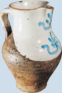 65. Jug with decorations in blue.© Xabi Otero