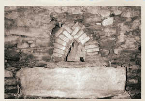 80. Door of the calcining chamber, in Gregorio Aramendi's 'padilla' kiln, Zegama.© Enrike Ibabe