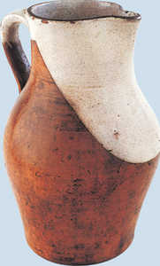92. Cider jug from the Intxausti pottery, used in a cider house in Hernani.© Jose L�pez